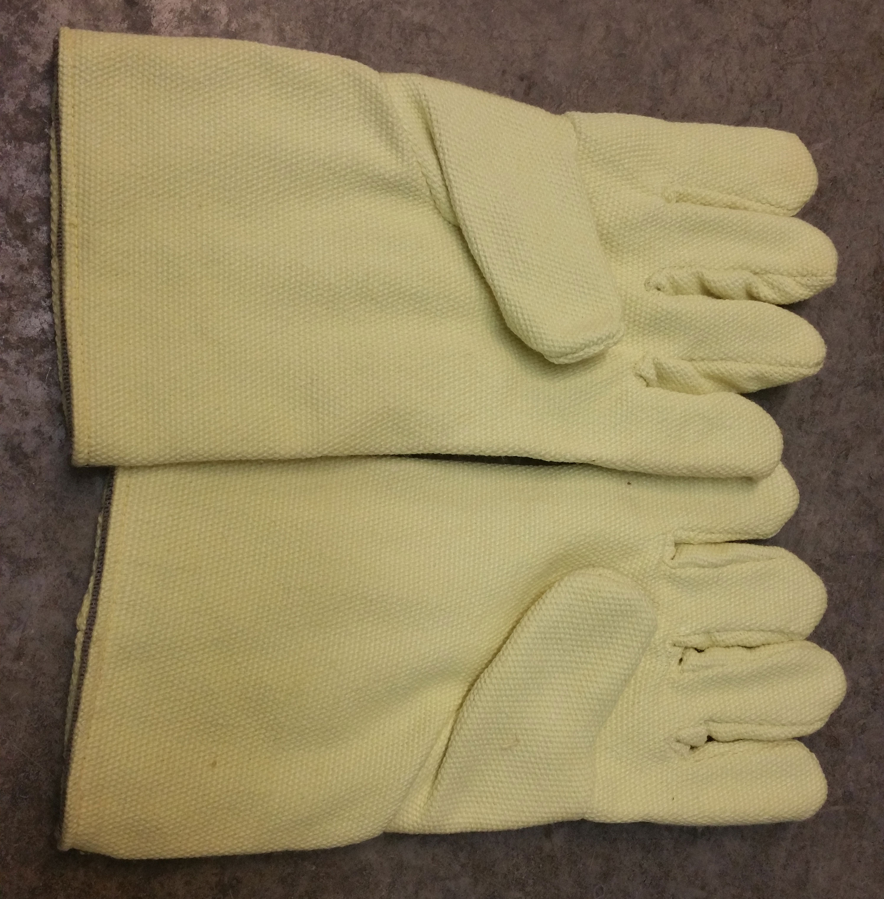 "14"" Yellow Kevlar Gloves (pr)"