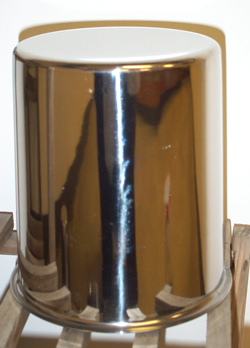 SS LARGE FLAT BOTTOM CYLINDER